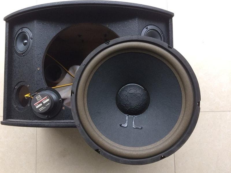 Bass loa BMB 850 chuẩn bãi Malaysia