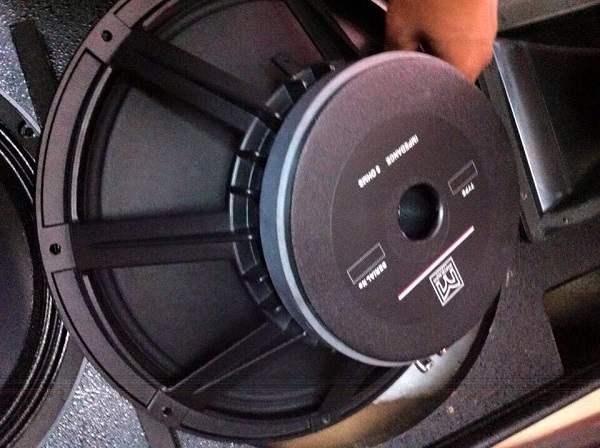 Bass loa Martin F15 Trung Quốc loại 1