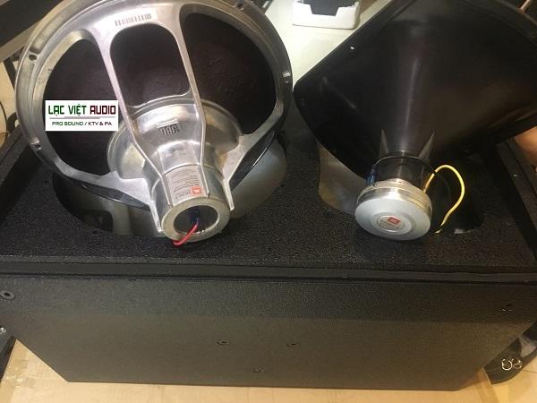 KP6012 sử dụng bass và treble full NEO