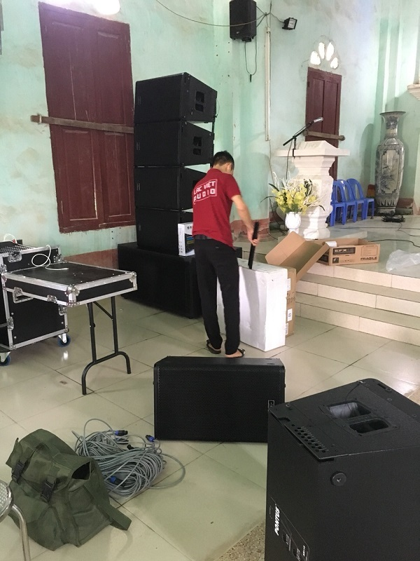 Dàn âm thanh 120 triệu được cung cấp cho một nhà thờ trên đại bàn Tỉnh Bắc Giang