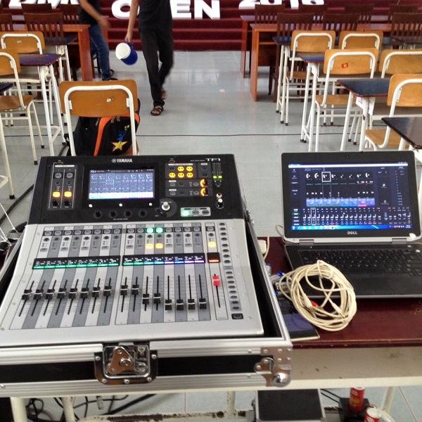Slider Bàn mixer Yamaha TF1 Digital