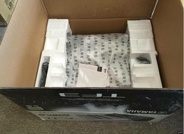 Đập hộp bàn mixer Yamaha TF3
