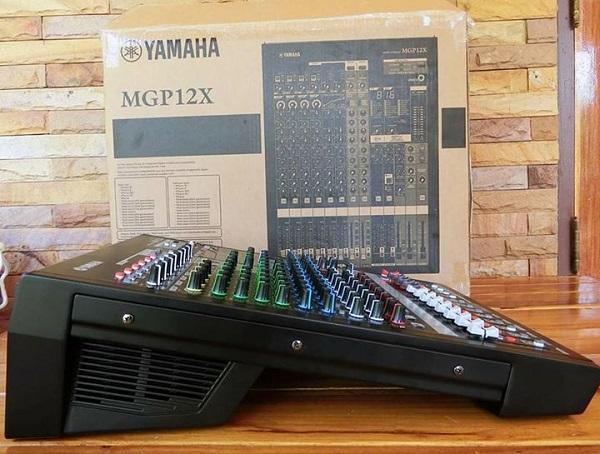 Slider Bàn mixer Yamaha MGP12X