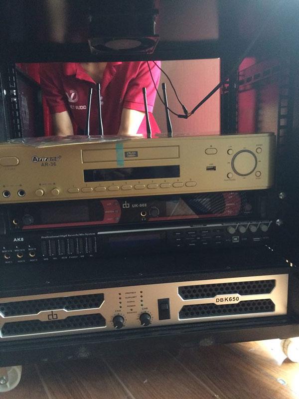 Tủ máy hệ thống âm thanh hội trường