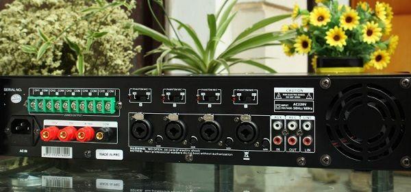 Mặt sau amply DB LP 100T