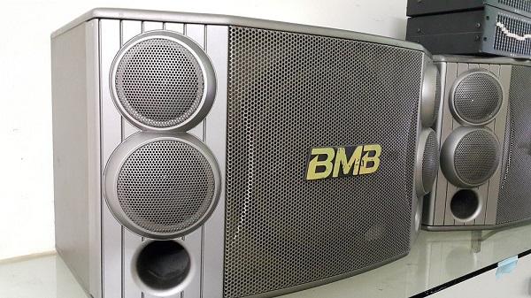 Loa BMB 850 hàng bãi