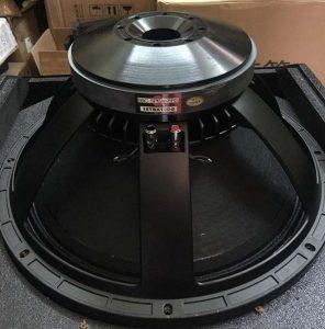 Bass Loa Sub JBL STX818S