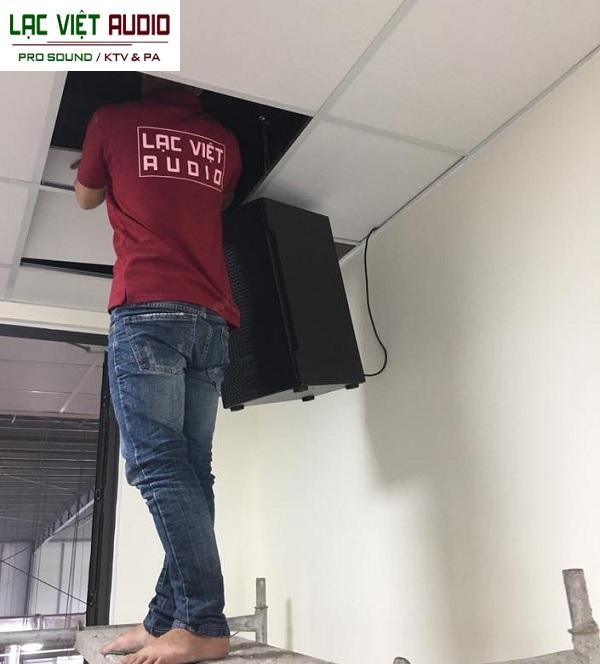 Quá trình lắp đặt được giám sát bởi cán bộ của công ty An Mi