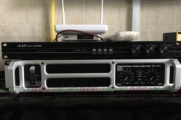 Vang số AAP K2000 lắp cùng cục đẩy công suất