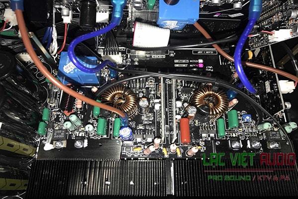 Cấu tạo bên trong cục đẩy công suất SAE PKM 8.5