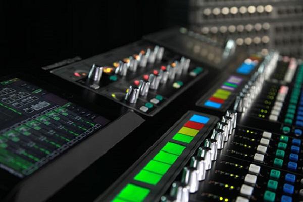 Đầu kết nối bàn mixer chuyên nghiệp