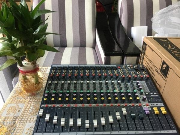 Bàn mixer chất lượng tại Lạc Việt Audio