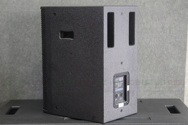 Mặt sau của Loa CAVS LS710 - Lạc Việt Audio