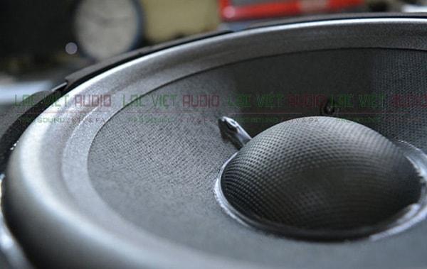 Cấu tạo màng loa của JBL KI 81 - Lạc Việt Audio