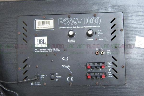 Chi tiết mặt sau của Loa sub JBL PSW 1000