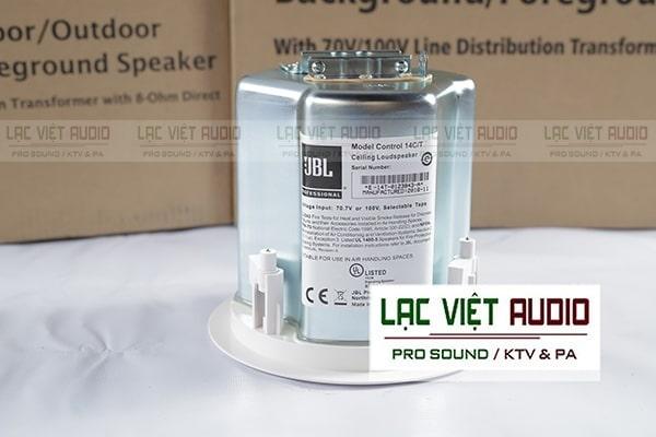 Loa âm trần control 14C/T có kích thước nhỏ gọn, trọng lượng chỉ hơn 2kg