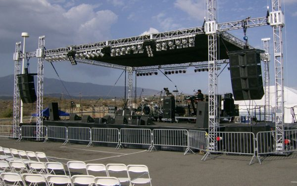 Setup bộ dàn âm thanh sân khấu chuyên nghiệp