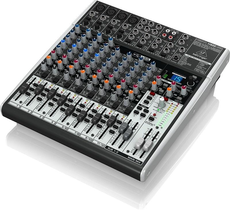 Mixer Behringer XENYX X1622USB - Mặt sau