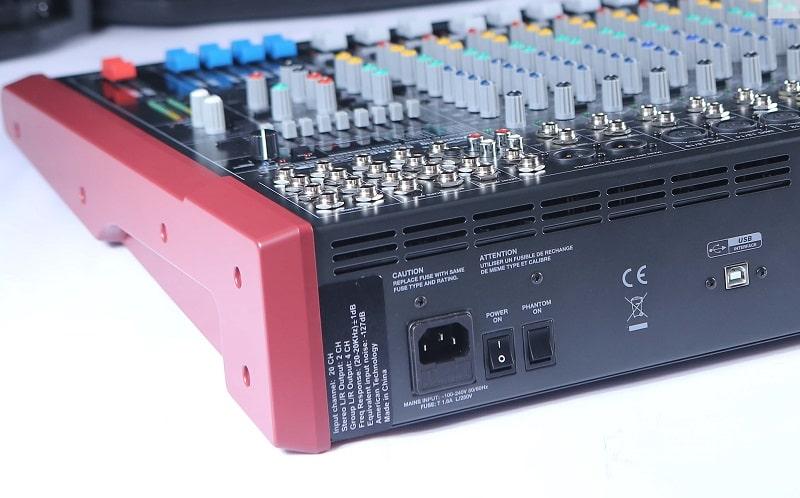 Cổng kết nối Mixer Soundking MIX16C