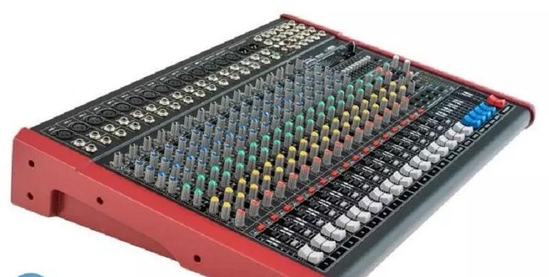 Mặt nghiêng sản phẩm Mixer Soundking MIX16C