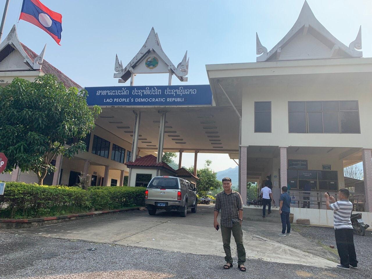 Giới thiệu về nhà khách Sầm Nưa - Lào