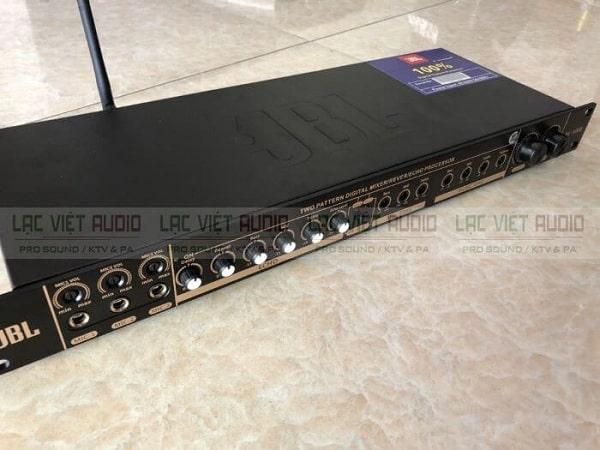Vang cơ có reverb JBL KP 5000
