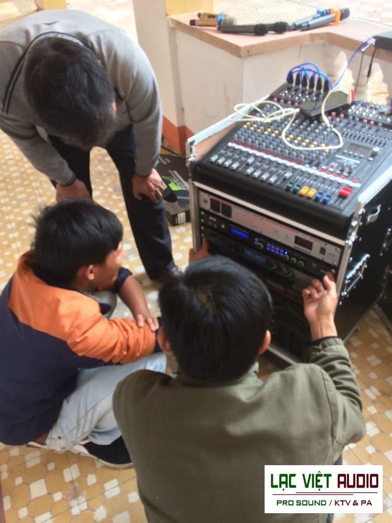 Các kỹ sư âm thanh của chúng tôi