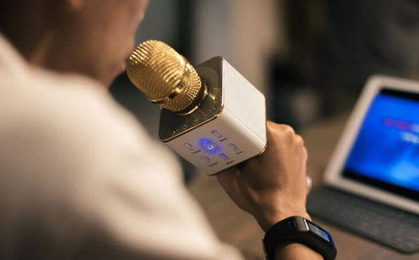 ưu nhược điểm của Micro karaoke bluetooth