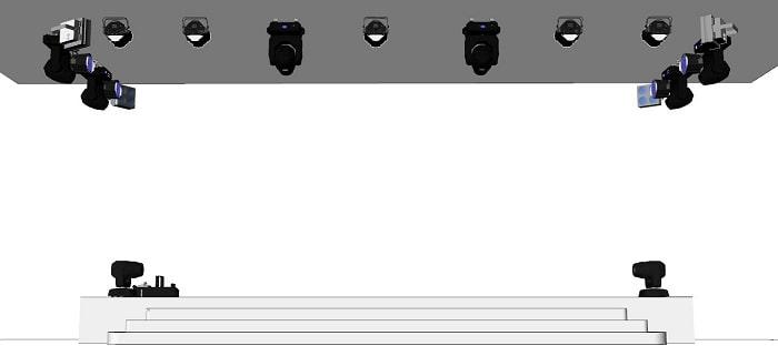 Với nhiều góc nhìn từ dưới sân khấu chúng ta có thể thấy được cách bố trí đèn