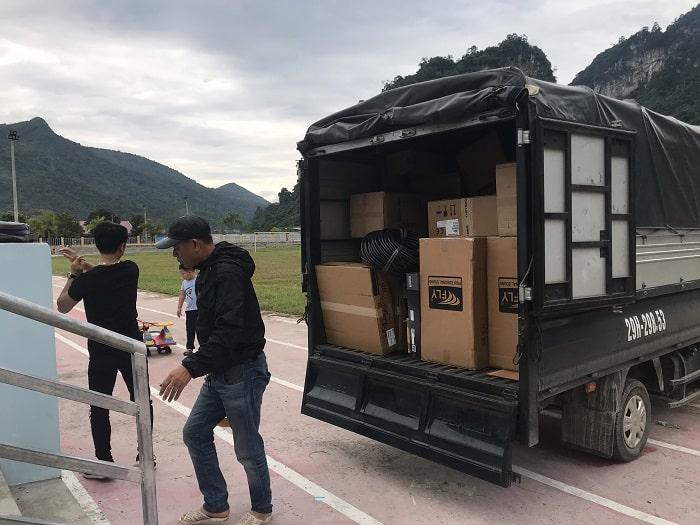 Hàng hóa và thiết bị được Lạc Việt vận chuyển đến và Test thử cho khách hàng