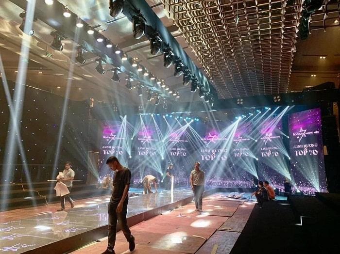 Cấu hình ánh sáng sân khấu hội trường chuyên nghiệp