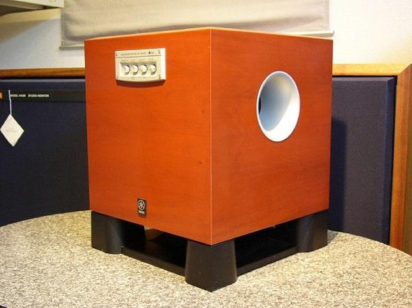 Mua loa sub Yamaha chính hãng, giá tốt tại Lạc Việt Audio