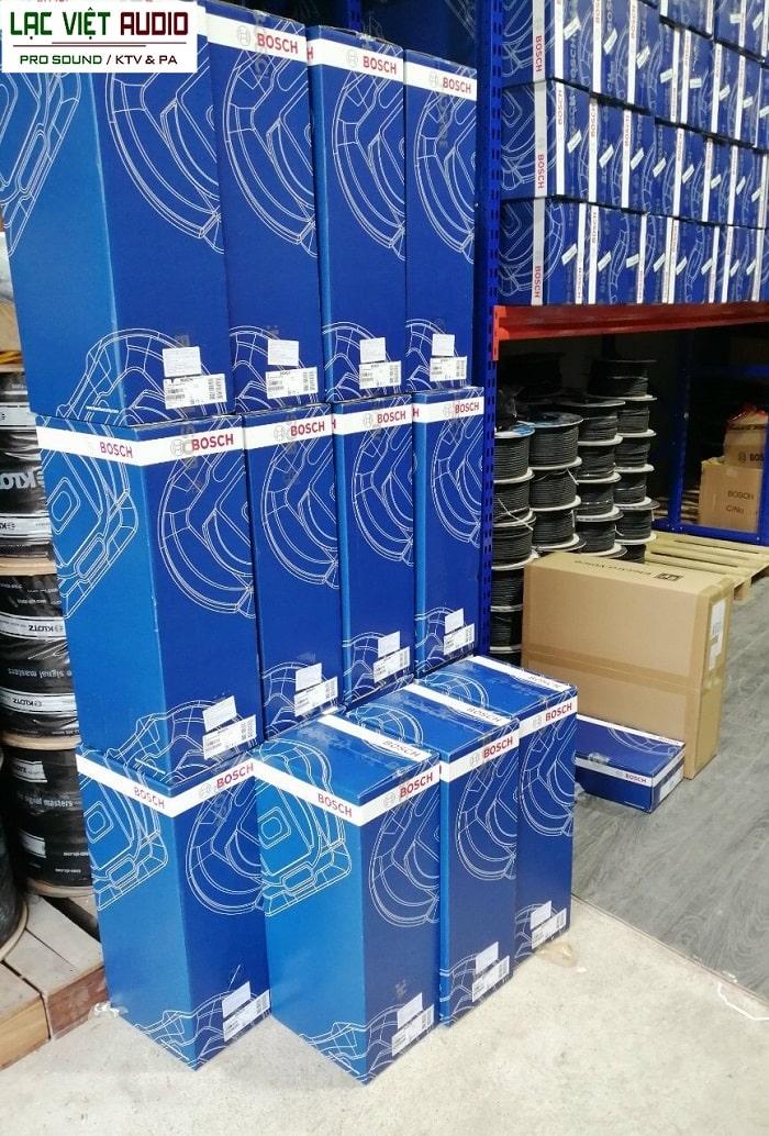 Thiết bị hàng hóa luôn có sẵn trong kho của Lạc Việt
