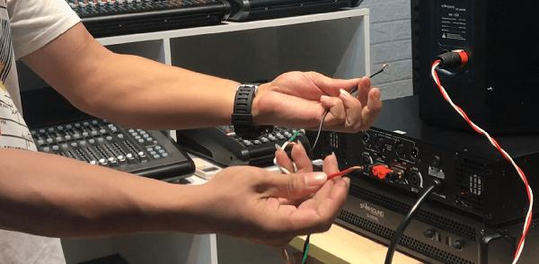Cách đấu 4loa vào cục đẩy 2 kênh nối tiếp