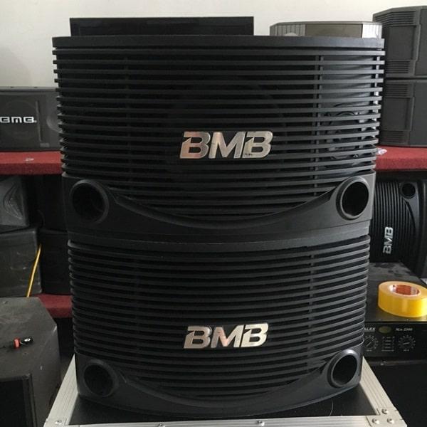 Loa BMB xuất xứ ở đâu?