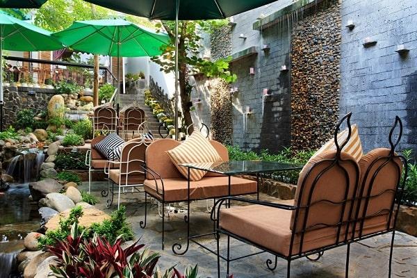 Ứng dụng của loa cafe sân vườn