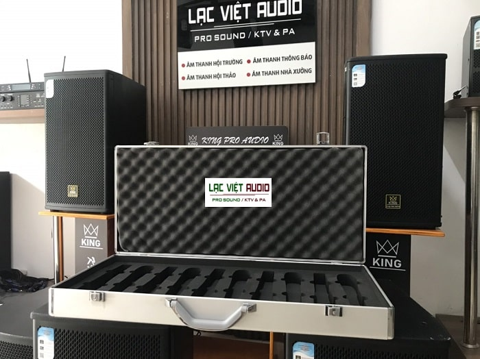 Liên hệ để mua vali đựng tay mic tại Lạc Việt Audio