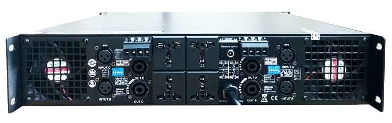 Mặt sau đẩy AAP D4800 có các cổng kết nối đa dạng