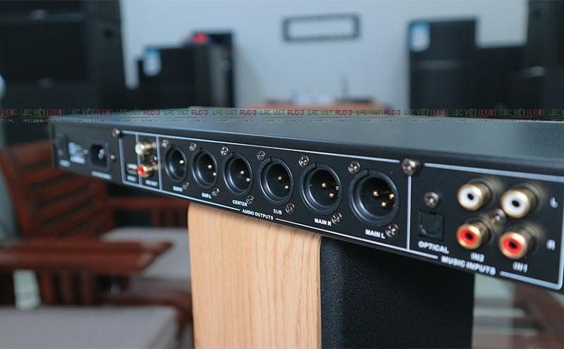 6 kênh âm thanh ra loa riêng biệt của vang số KING KX 200