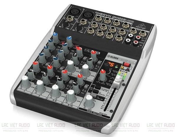 Mixer có reverb Behringer QX1002USB