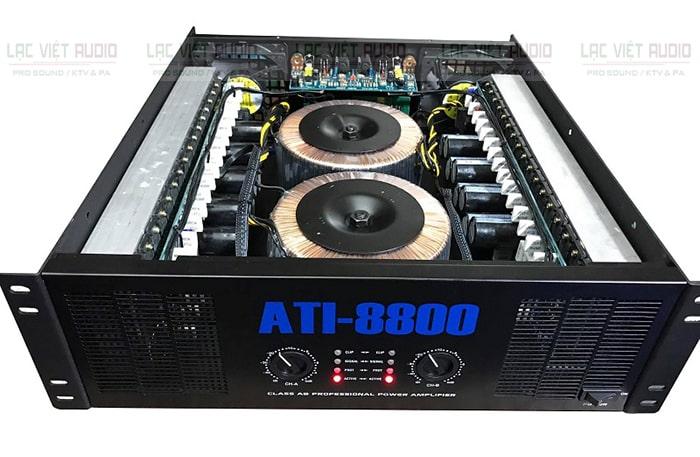Bên trong cục đẩy ATI-8800 được trang bị 68 transistor cao cấp của Nhật
