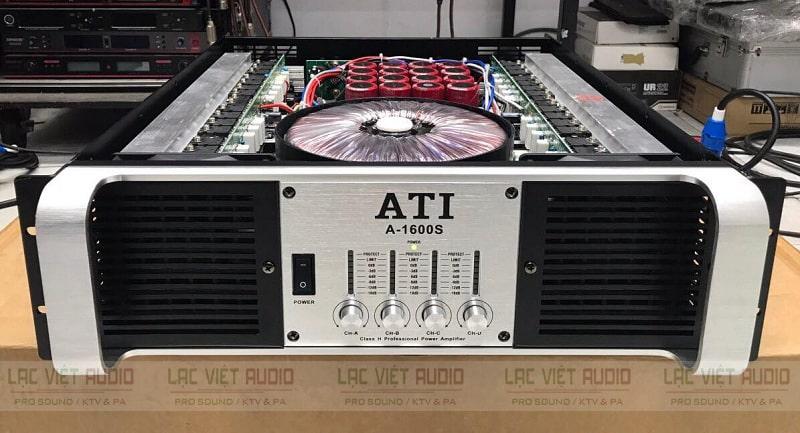 Bên trong cục đẩy ATI A-1600S