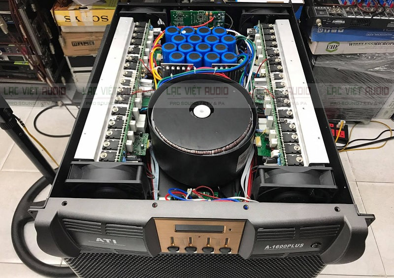Cục đẩy ATI A-1600 Plus có giao diện thân thiện, đẹp mắt