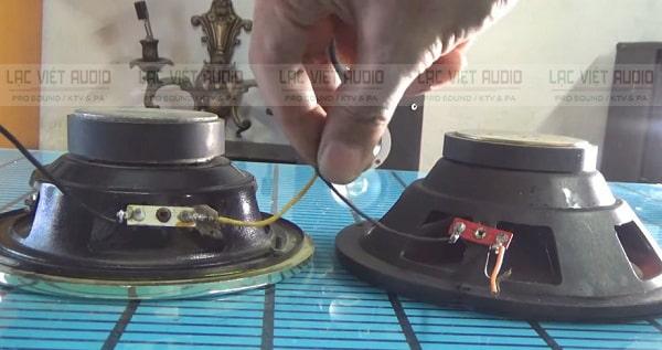 Cách đáu 2 loa nối tiếp thì dây âm của loa này sẽ nối với dây dương của loa kia