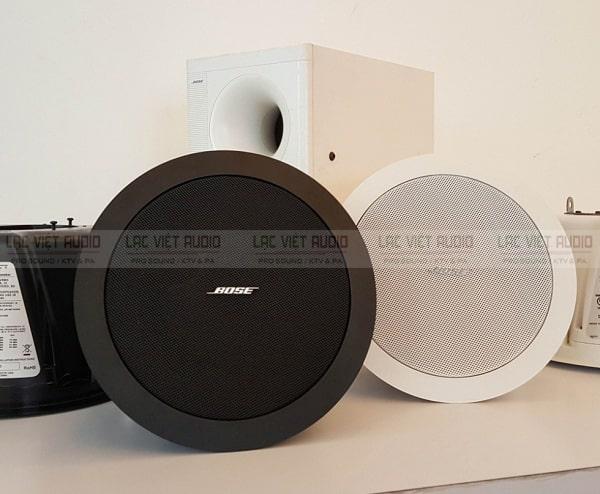 Loa Bose âm trần được sử dụng tại: quán ăn, cửa hàng,...