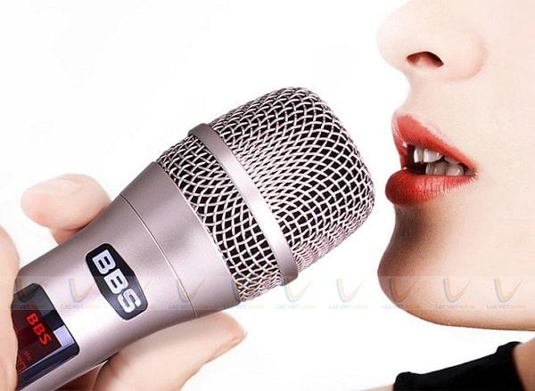 Cách chỉnh mic hát nhẹ bằng việc kiểm tra thiết bị