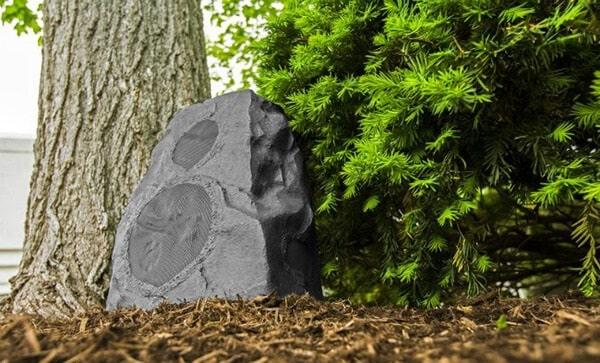 Loa sân vườn giả đá có mức giá hợp lý