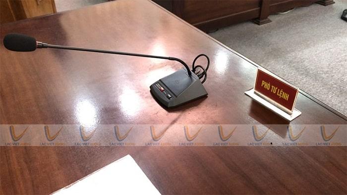 Micro là thiết bị quan trọng trong hệ thống âm thanh phòng họp