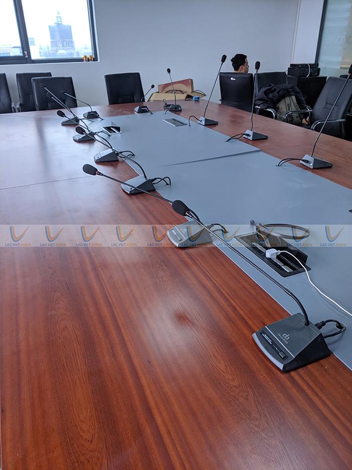 Toàn bộ hệ thống micro dùng cho dự án đều nhập khẩu chính hãng từ thương hiệu DB