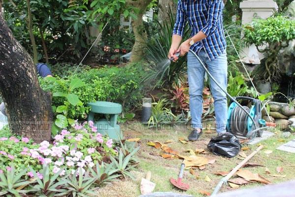 Loa Bose sân vườn có chất âm hay, khả năng chống chịu thời tiết cực tốt
